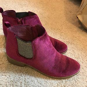 Old navy velvet burgundy booties 6